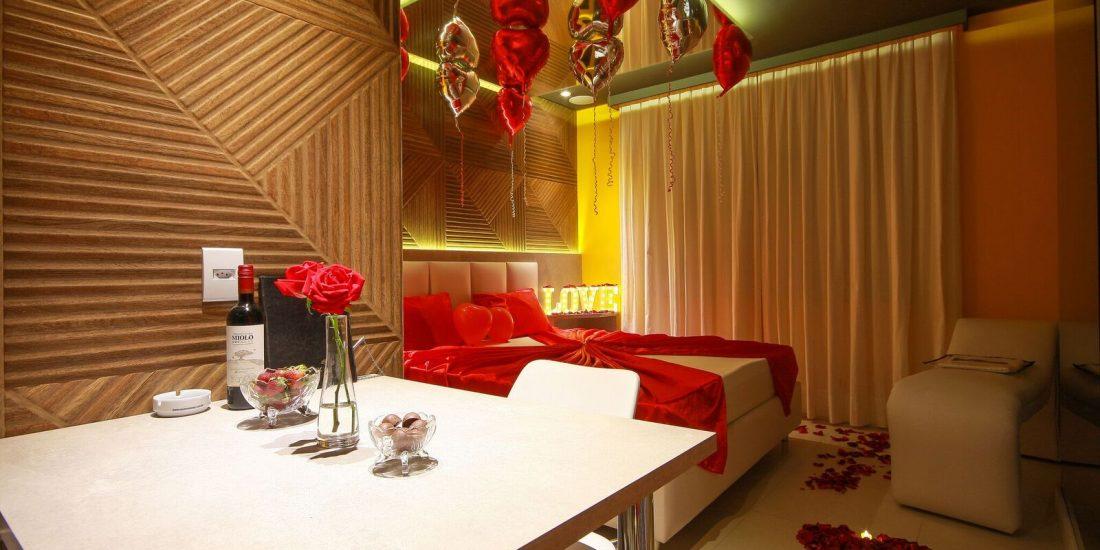 Conheça o Pacote de decoração do Classe A Motel. Corra e garanta a sua reserva!