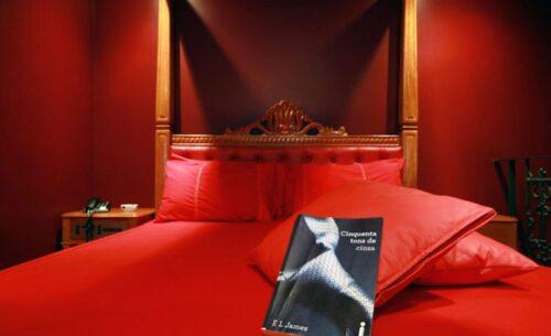 img-suite-50-tons-de-cinza-ambiente-classea-motel