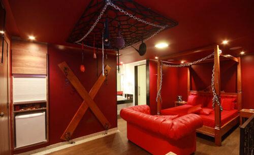img-suite-50-tons-de-cinza-luzes-classea-motel