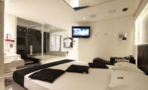 img-suite-hidro-c-sauna-roupa-de-cama-classea-motel