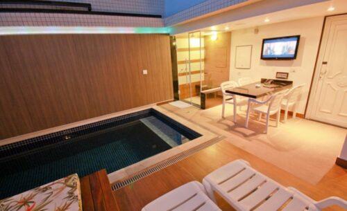 img-suite-piscina-sauna-e-ofuro-luzes-classea-motel