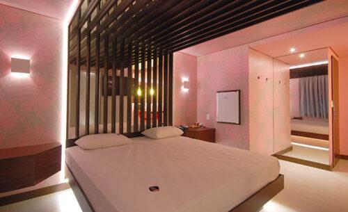 img-suite-super-luxo-2-horas-frigobar-classea-motel